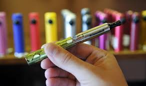 Electronic cigarettes use e liquid 2